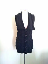 Warmth And Style! Jag size M sleeveless charcoal knit in excellent condition