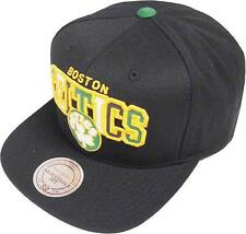 Mitchell & Ness NBA Boston Celtics Reflective Tri Pop Arch VQ85Z Snapback Cap