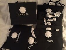 Lot de 10 authentiques sacs shopping CHANEL 30/24/12,5cm ou grands +caméliaruban