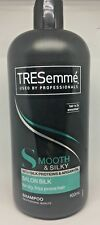 TRESemme Shampoo Smooth Salon Silk Calm Frizz Smooth Silky 900ml