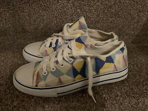 Rare NEW LOOK Lily Allen Size  8/41 Flat Trainers