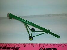 1/64 ertl farm toy 32' green grain auger.  Plastic rubber tire standi toy