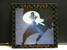 NEIL YOUNG Little thing called love A2781