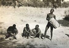 Cameroun  Rhumsiki Afrique hommes au repos Kapsiki CIRCA 1950 argentique