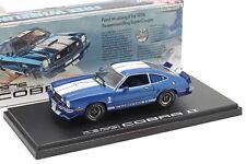 Ford Mustang II Cobra II año de construcción 1976 azul/blanco 1:43 GreenLight