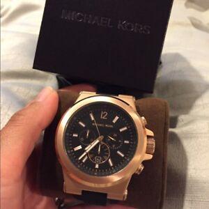 Michael Kors Dylan Black Rubber Rosegold Chronograph Watch