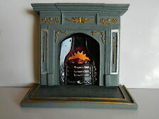(HP27) DOLLS HOUSE RESIN GREY/GOLD FIREPLACE WITH SEPARATE HEARTH