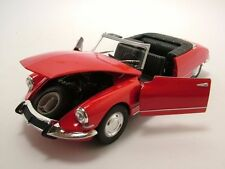 Citroen DS 19 Convertible open red, Model car 1:24 / Welly