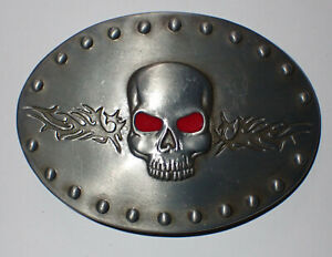 SKULL WITH BRAMBLES BELT BUCKLE NEW!
