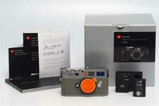 Leitz Leica M9 Steel Grey 10705 w. Grey Leather