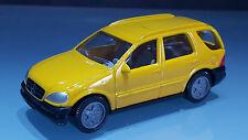 Siku 1095 Mercedes Benz ML 320 gelb