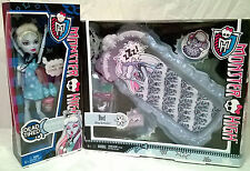 New Monster High Abbey Bominable Dead Tired Doll and Bed