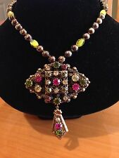 HOBE SIGNED ANTIQUED GOLD Necklace in Bronze CLR w/ BRIGHT CRYSTALS PIN NECKLACE