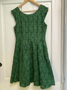 PRINCESS HIGHWAY Cute Green Floral Cotton Dress - Size 12