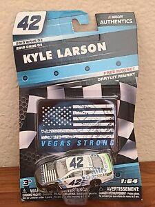 2019 Wave 3 Kyle Larson DC Solar Vegas Strong 1/64 NASCAR Authentics Diecast