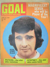 GOAL MAGAZINE APRIL 24 1971 MANCHESTER UNITED - ST JOHNSTONE - WOLVES