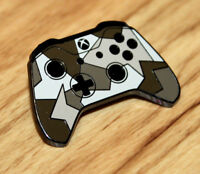 GAMESCOM 2018 Xbox One Controller Rare Pin Badge Robot White Forces E3 Promo