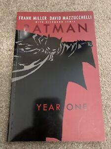 Batman Year One DC Comics Paperback Frank Miller David Mazzucchelli