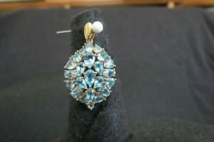 Apatite multi stone pendant. 10K gold. Brand new with tag.