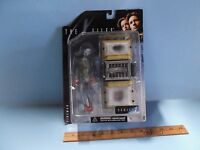 """The X-Files Series 1  Fireman 6""""in Figure w/Cryolitter McFarlane Toy's 1998"""