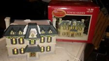 1998 Dicken's COLLECTABLES TOWNE SERIES: White Porcelain Lighted House; 429-6307