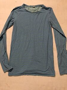 Womens Athletic Top UNDER ARMOUR Fitted Dry Light Long Sleeve Blue Stripe M