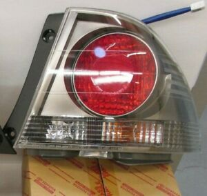 LEXUS OEM FACTORY SPORT DESIGN PASSENGER REAR OUTER TAIL LAMP 2004 IS300