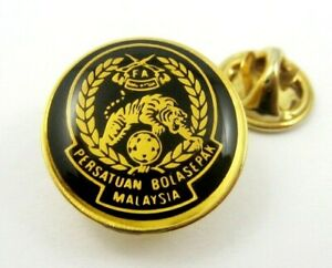 Football Association of Malaysia Official Pin Badge Rare