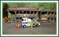 Hot Wheels _ HO Scale _ White _ Cab Over Tow Truck _ ( Auto-City )