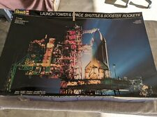 New listing Lot 542 - Space Shuttle & Launch Tower - 1/144 Scale - Revell