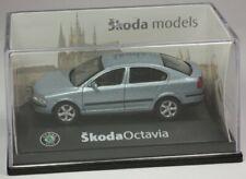 Abrex Skoda Octavia Limousine hellblaumet. Modell 1:72 OVP ST 9903-91-00