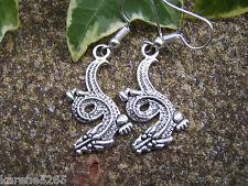 DRAGO Orecchini. Tibetan Silver Orecchini drago orientale. fatto a mano nel Regno Unito. STOCK UK