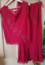 Gina Bacconi Wine Red Embbroidered 100% Silk 2 pieces Skirt and Top Size 16