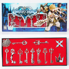 KINGDOM HEARTS/ SET 12 COLGANTES & LLAVEROS- SET 12 PENDANTS & KEYCHAINS IN BOX