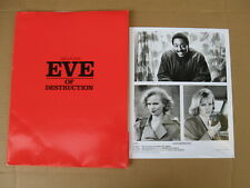 EVE OF DESTRUCTION press kit 1990 - Gregory Hines, Renee Soutendijk - 5 photos