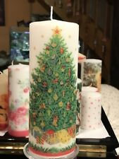 CHRISTMAS TREE DESIGN HAND DECORATED PILLAR CANDLE  90hrs 18x6.5cm