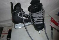 youth lil boys  sz 13  CCm  Hockey   ice skates