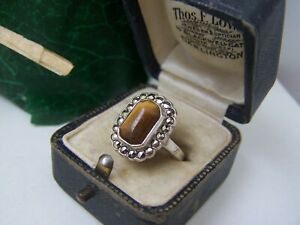 GORGEOUS VINTAGE STERLING SILVER TIGERS EYE MARCASITE RING SIZE O 7 UNUSUAL RARE