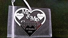 MR & MRS SMITH BRIDE AND GROOM WEDDING GIFT PERSONALISED KEEPSAKE