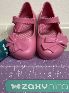 NEW IN BOX ZAXY Baby Girls 7 Pink Belle Scalloped Bow Mary Jane Shoe Sandals