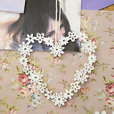 Small Daisy Heart Shabby Chic Decoration White