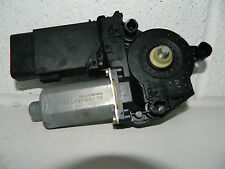 VW GOLF MK4 BORA PASSENGER NEARSIDE FRONT WINDOW MOTOR 0130821765 4 DOOR