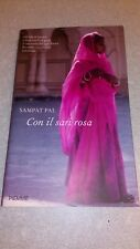 Livre:Con il sari rosa 261 pages version italien