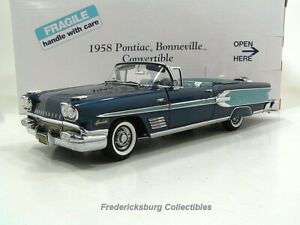 DANBURY MINT 1958 PONTIAC BONNEVILLE CONVERTIBLE - MINT IN BOX WITH PAPERS