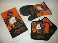 Haunted House Halloween Decorative Pot Holders Oven Mitt Kitchen Towel Set Bats
