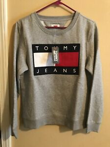 Embroidered Vintage Tommy Jeans Crewneck Grey Big Logo (Size Small)