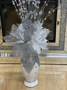 ROMANY WHITE SILVER CRUSHED SILVER CRYSTAL VASE WITH FLOWERS