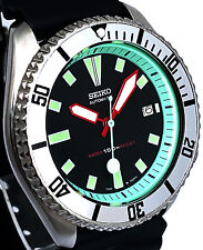 Vintage SEIKO diver 7002 mod w/RED hands, MINT GREEN Chapter Ring & SILVER bezel