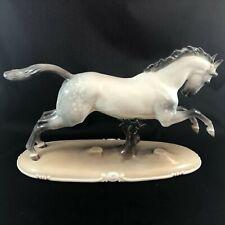 Nymphenburg galoppierendes Pferd, Entwurf von Theodor Kaerner, 1915