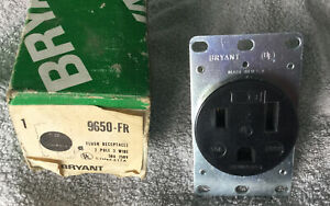 Bryant 9650-FR 2 Pole 3 Wire 50A 250w Flush Receptical NIB